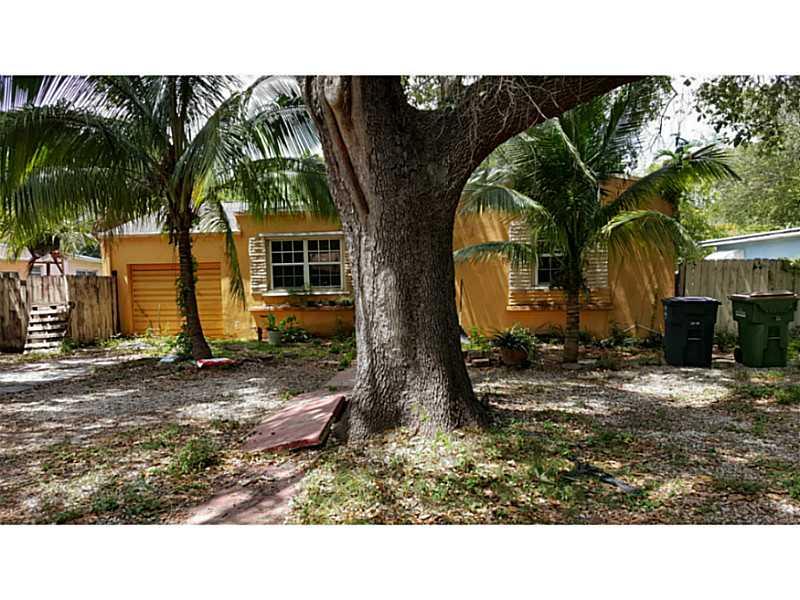 941 Ne 130th St, North Miami, FL 33161