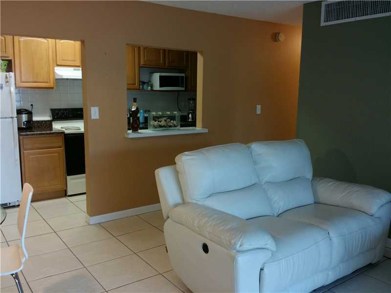 Rental Homes for Rent, ListingId:33788690, location: 4180 Northwest 79 Doral 33166