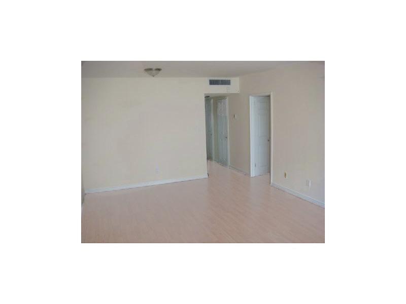 Real Estate for Sale, ListingId: 33798307, Miami Beach,FL33140