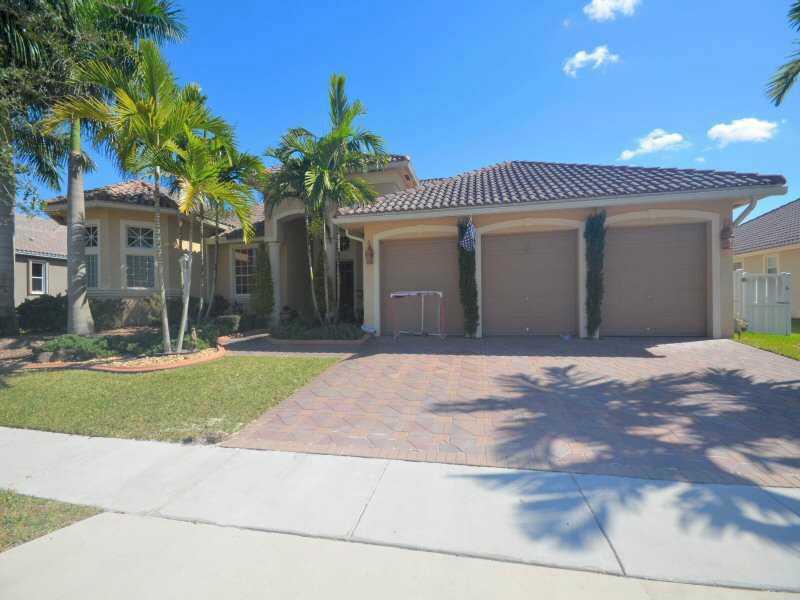 Real Estate for Sale, ListingId: 33830518, Pembroke Pines,FL33028