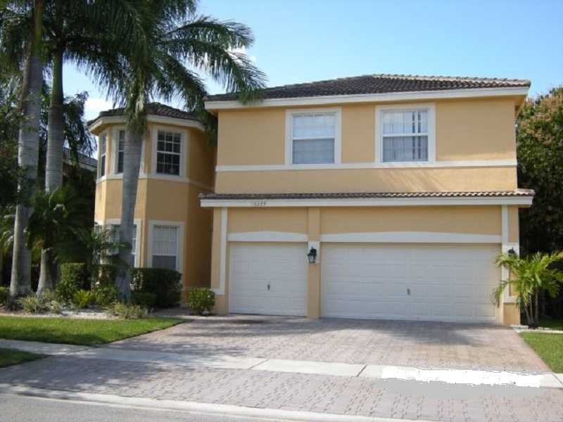 16239 Sw 16th St, Pembroke Pines, FL 33027