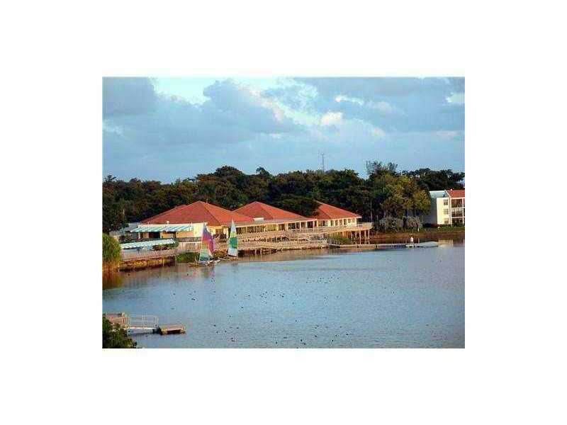 Rental Homes for Rent, ListingId:33898578, location: 109 LAKE EMERALD DR Oakland Park 33309