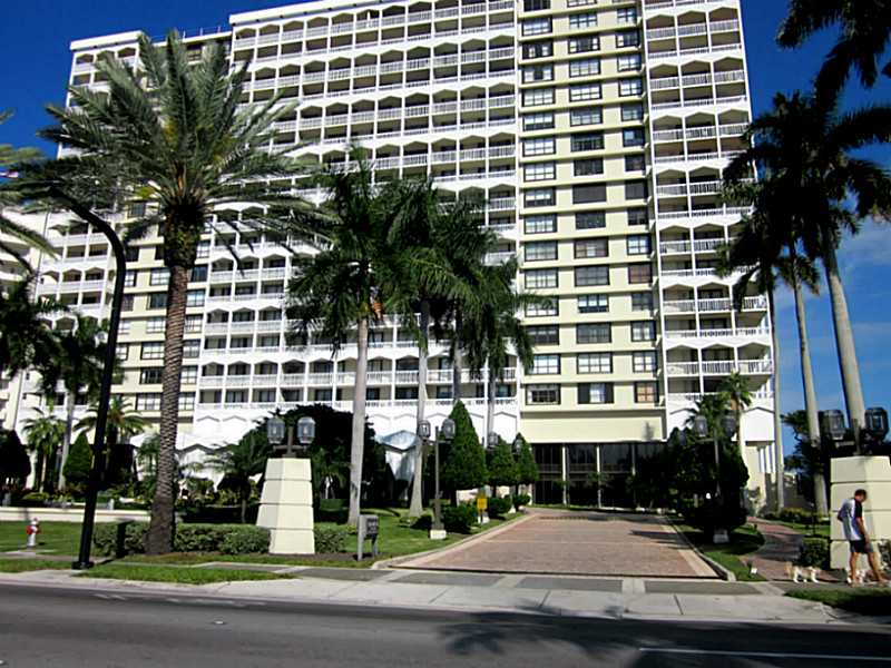 Rental Homes for Rent, ListingId:33905800, location: 9801 COLLINS AV Bal Harbour 33154