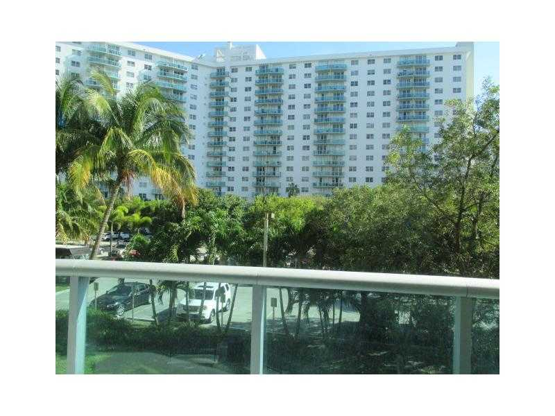 19390 Collins Ave # 206, Sunny Isles, FL 33160