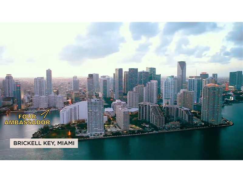 999 Brickell Bay Dr # 1801, Miami, FL 33131