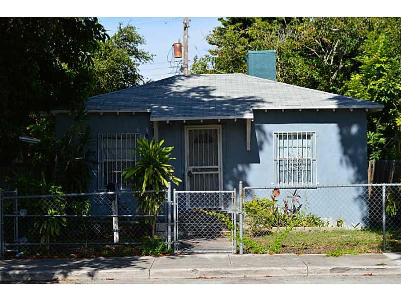 6711 Nw 4th Ct, Miami, FL 33150