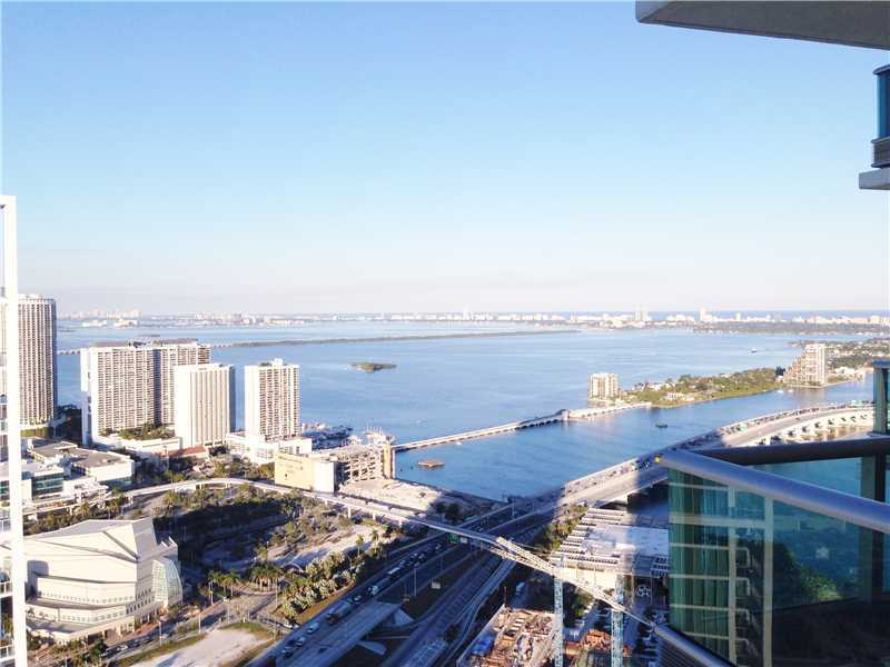 Rental Homes for Rent, ListingId:34022421, location: 900 BISCAYNE BL Miami 33132