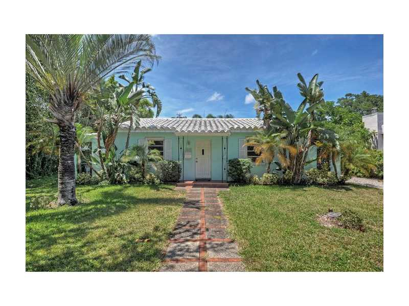 829 Sw 18th St, Fort Lauderdale, FL 33315