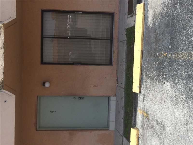 Rental Homes for Rent, ListingId:34068875, location: 7993 Northwest 7 ST Miami 33126