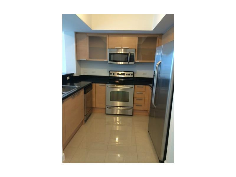 Rental Homes for Rent, ListingId:34069109, location: 140 South DIXIE HY Hollywood 33020