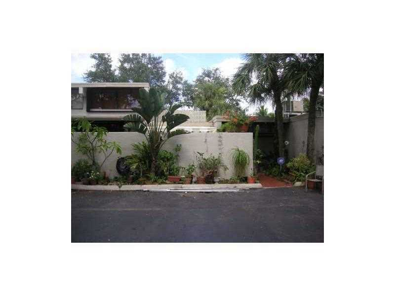 One of Miami Lakes 2 Bedroom Homes for Sale