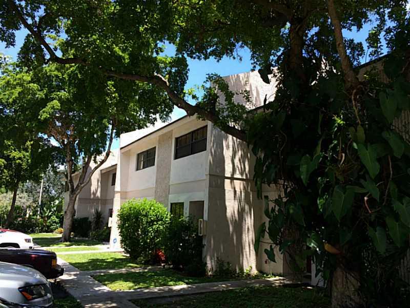 2700 S Oakland Forest Dr, Oakland Park, FL 33309