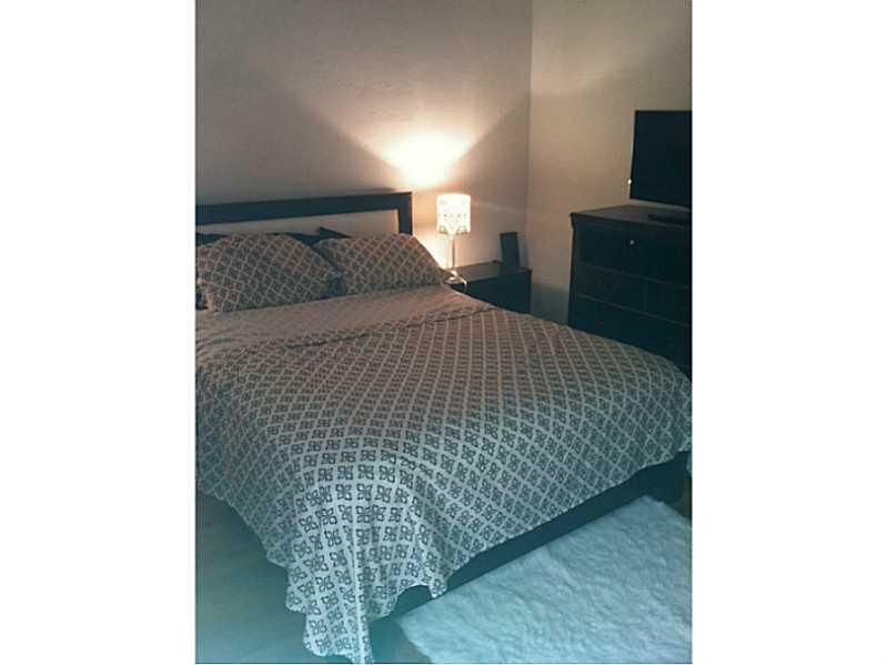 Rental Homes for Rent, ListingId:34141750, location: 600 LAYNE BL Hallandale 33009