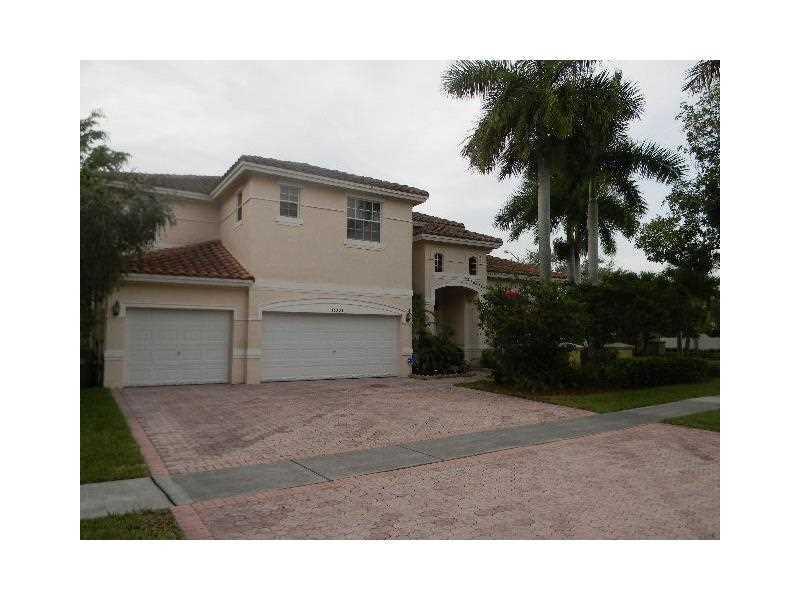 Real Estate for Sale, ListingId: 34162412, Pembroke Pines,FL33028