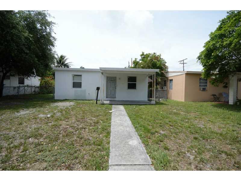 Rental Homes for Rent, ListingId:34174034, location: 1412 Northeast 154 TE Miami 33162
