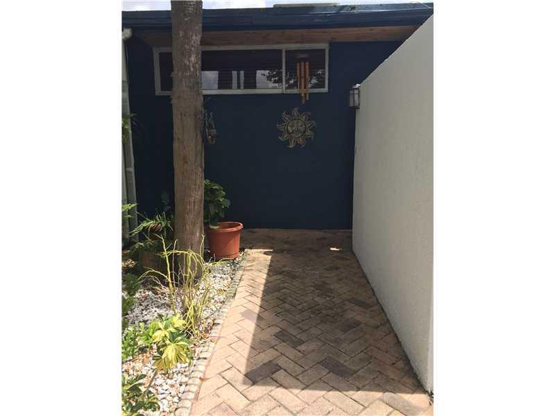 Rental Homes for Rent, ListingId:34193500, location: 6385 COTTON TAIL RD Miami Lakes 33014