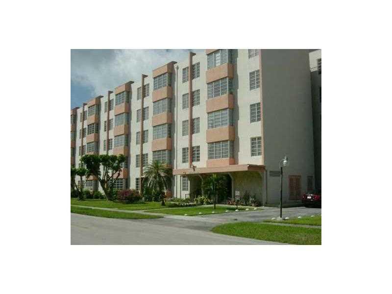 250 180th Dr, Sunny Isles Beach, FL 33160