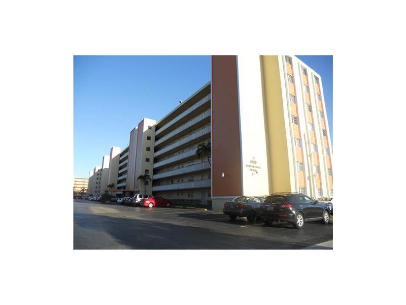Rental Homes for Rent, ListingId:34227046, location: 1000 Northeast 12 AVE Hallandale 33009