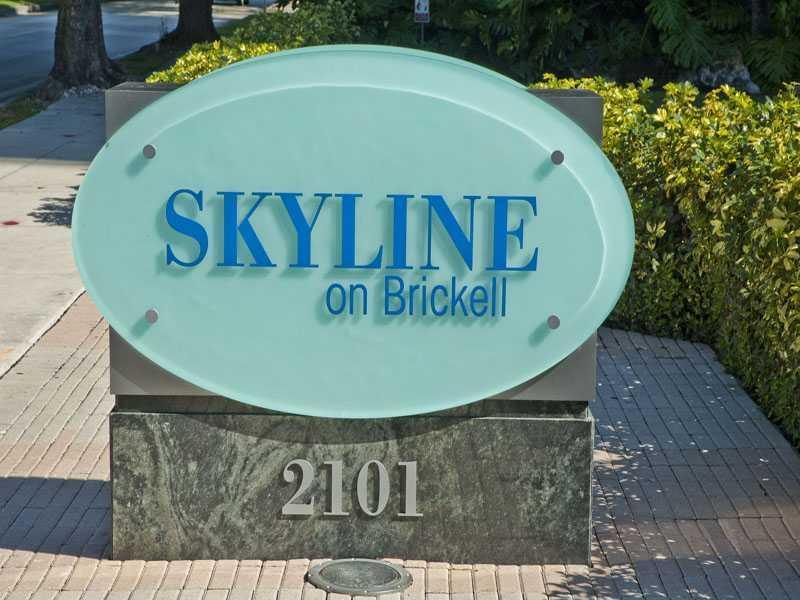 2101 Brickell Av Miami, FL 33129