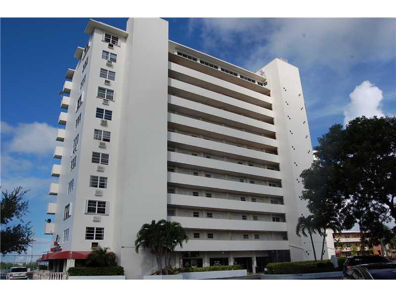 Rental Homes for Rent, ListingId:34235672, location: 7904 WEST DR North Bay Village 33141