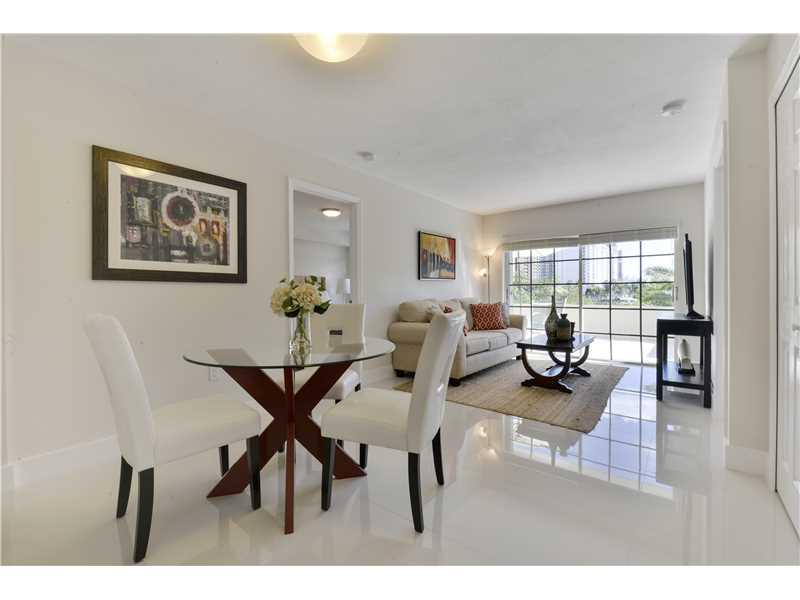 2600 Collins Ave # 211, Miami Beach, FL 33140