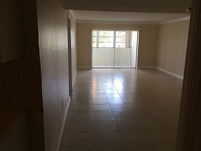 Rental Homes for Rent, ListingId:34351610, location: 1555 West 44 PL Hialeah 33012