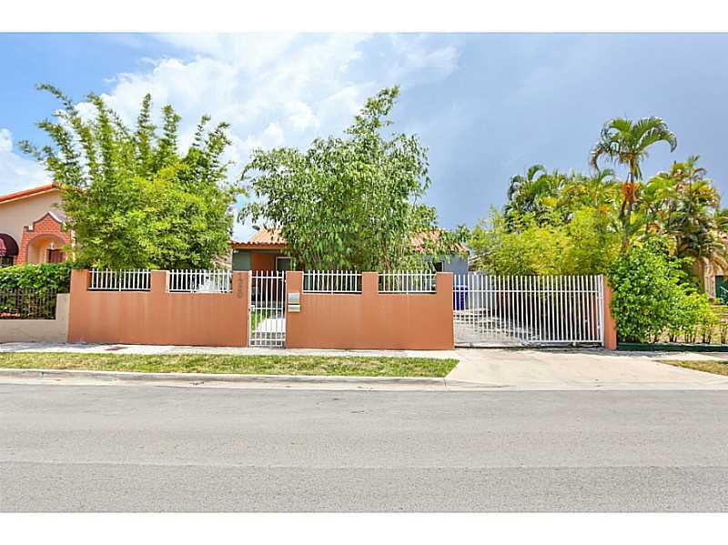 1360 SW 16th St, Miami, FL 33145