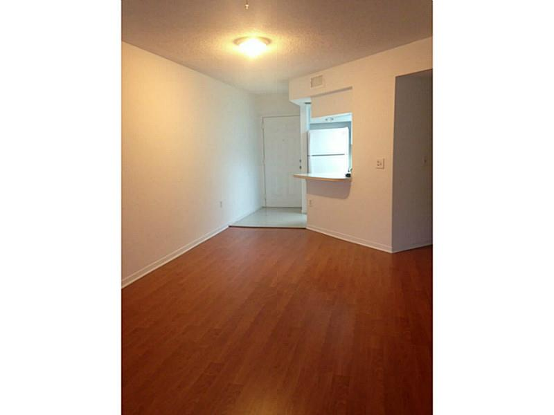 Rental Homes for Rent, ListingId:34377549, location: 8323 LAKE DR Doral 33166