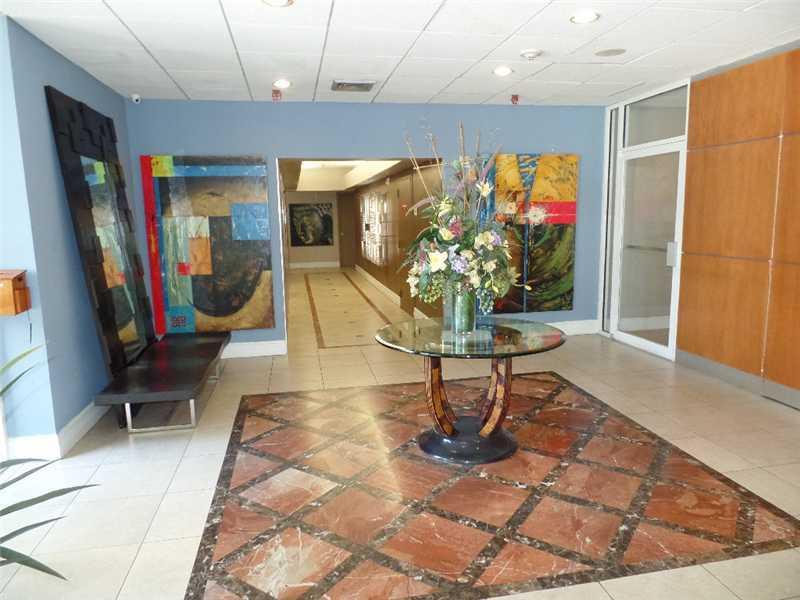 800 N Miami Ave, Miami, FL 33136