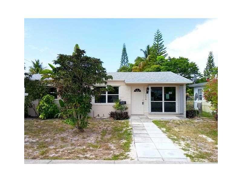 2438 Coolidge St, Hollywood, FL 33020
