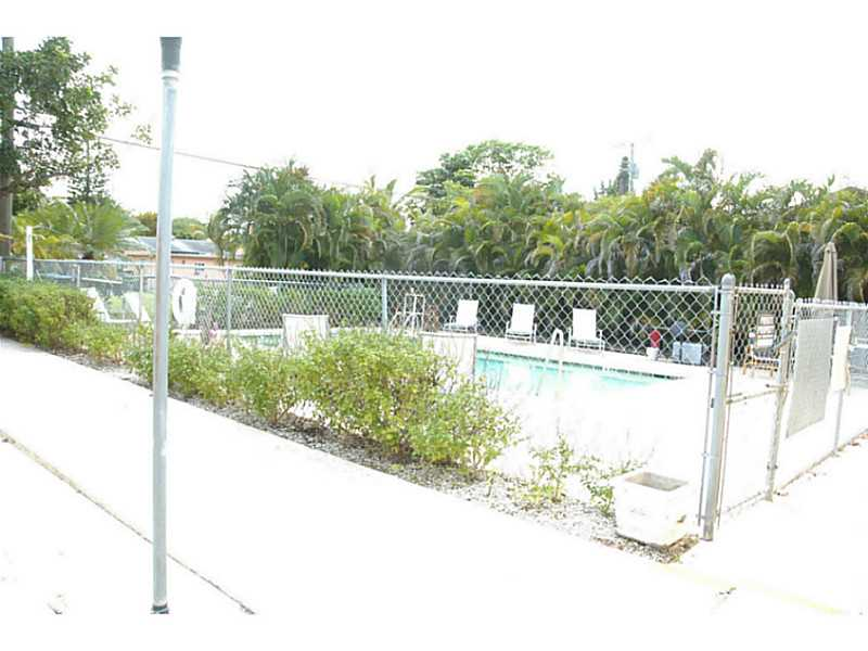Rental Homes for Rent, ListingId:34530927, location: 2222 VAN BUREN ST Hollywood 33020