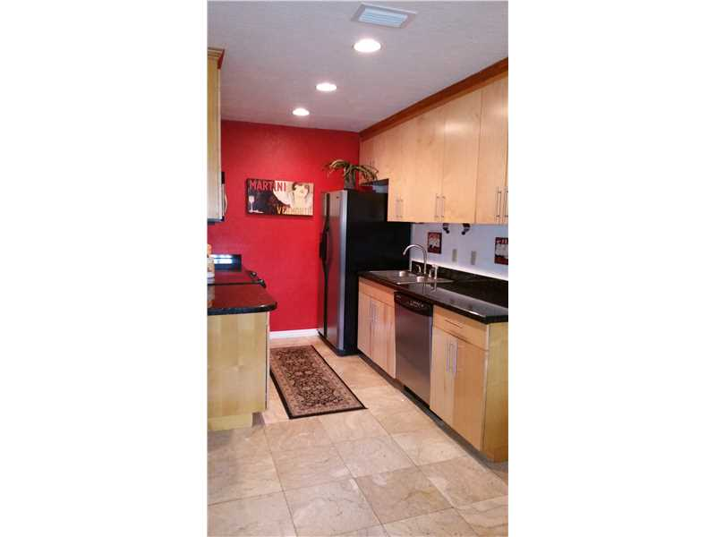 1348 Holly Heights Dr # 14, Fort Lauderdale, FL 33304