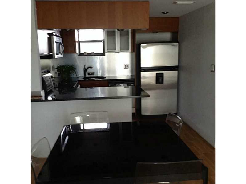 Rental Homes for Rent, ListingId:34635803, location: 8290 LAKE DR Doral 33166