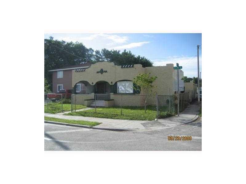 796 Nw 36th St, Miami, FL 33127