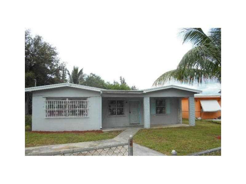 2011 Nw 155th St, Opa Locka, FL 33054