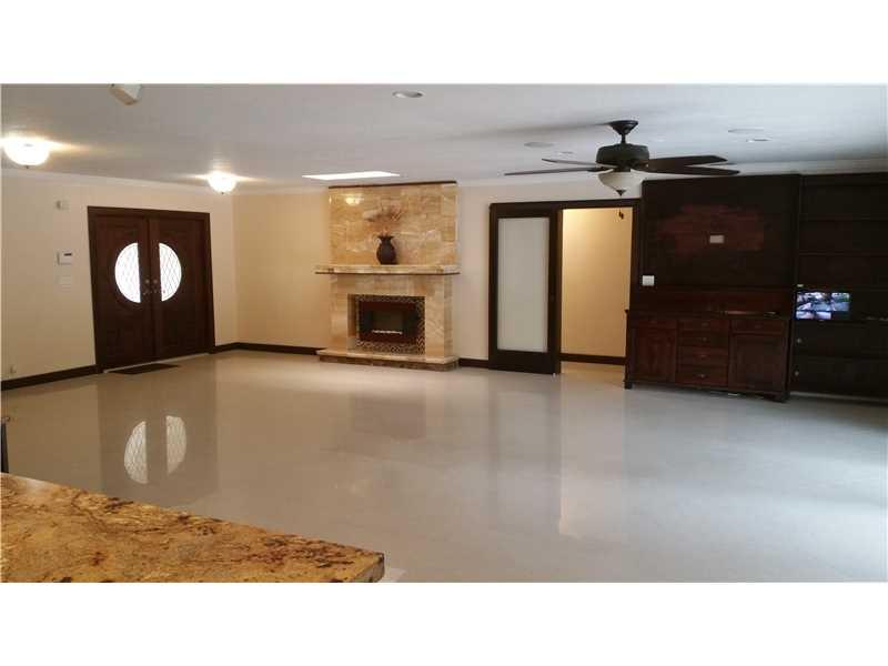 Real Estate for Sale, ListingId: 34717207, Hialeah Gardens,FL33018