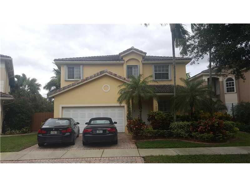10830 Nw 72nd St, Miami, FL 33178