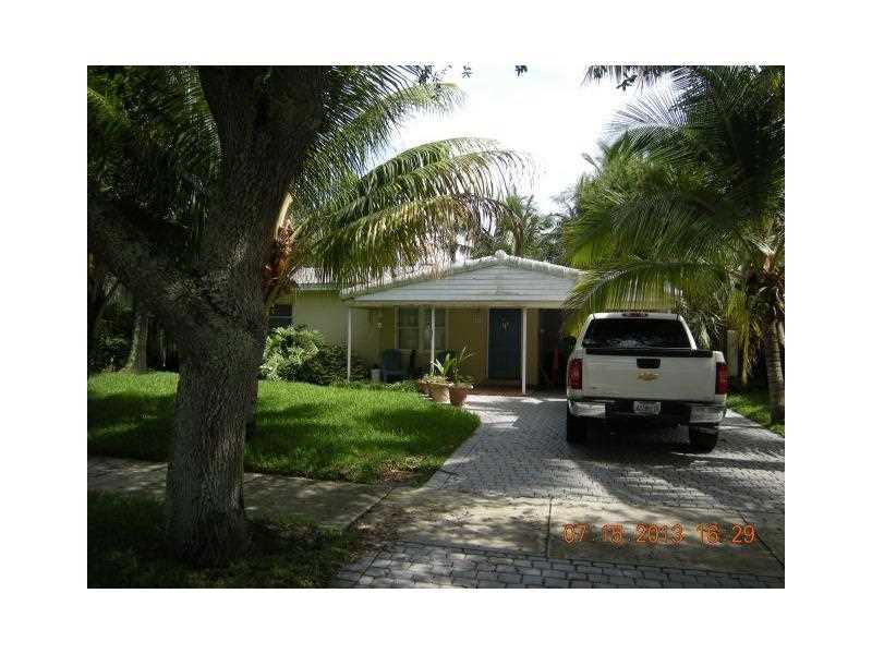 930 SW 18th Ct, Fort Lauderdale, FL 33315