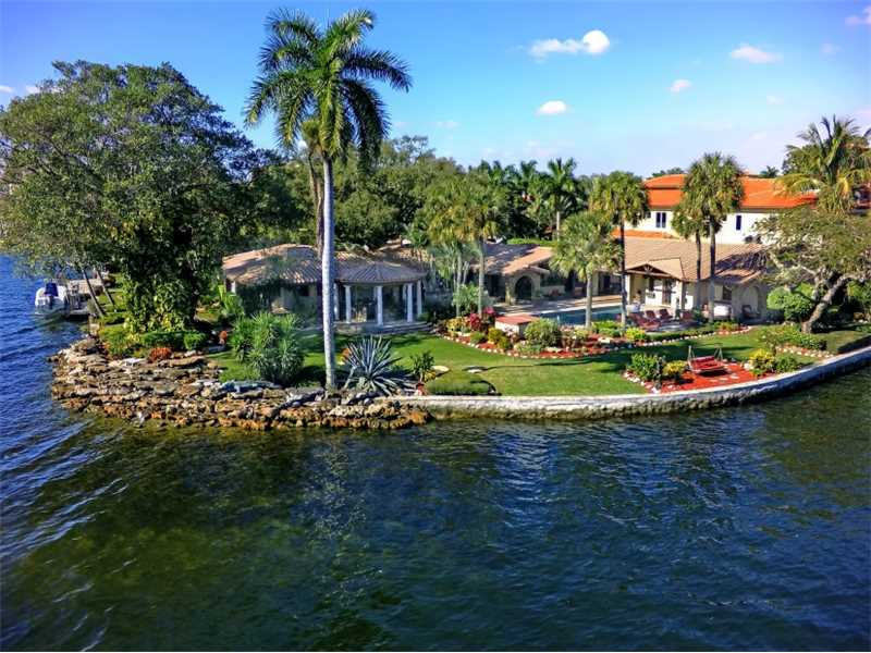 Single Family Home for Sale, ListingId:34888721, location: 1300 BRICKELL DR Ft Lauderdale 33301
