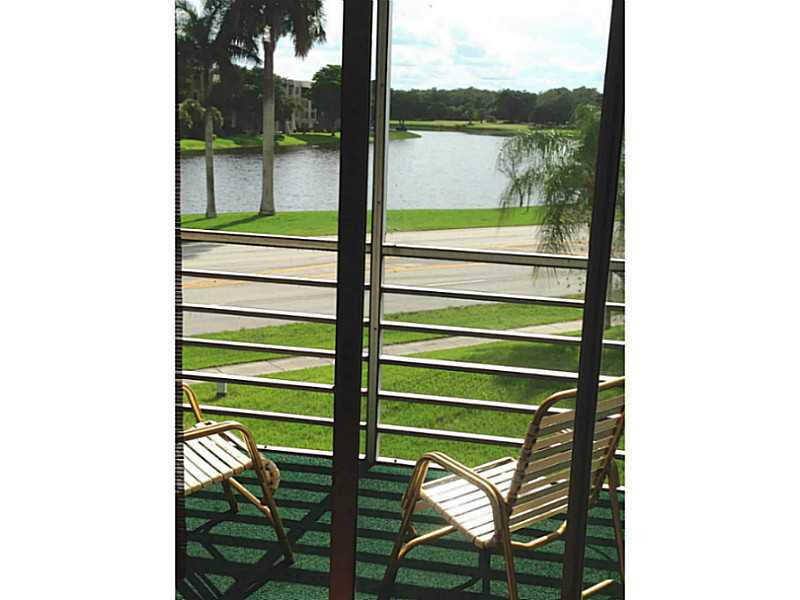 9480 Tangerine Pl # 303, Fort Lauderdale, FL 33324