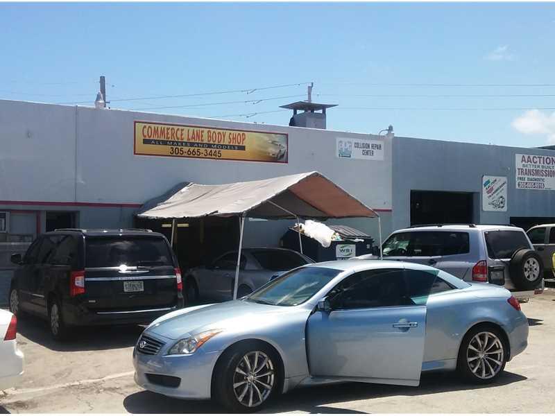 5880 Commerce Ln, South Miami, FL 33143