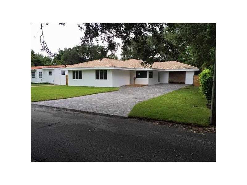 850 Ne 111th St, Biscayne Park, FL 33161
