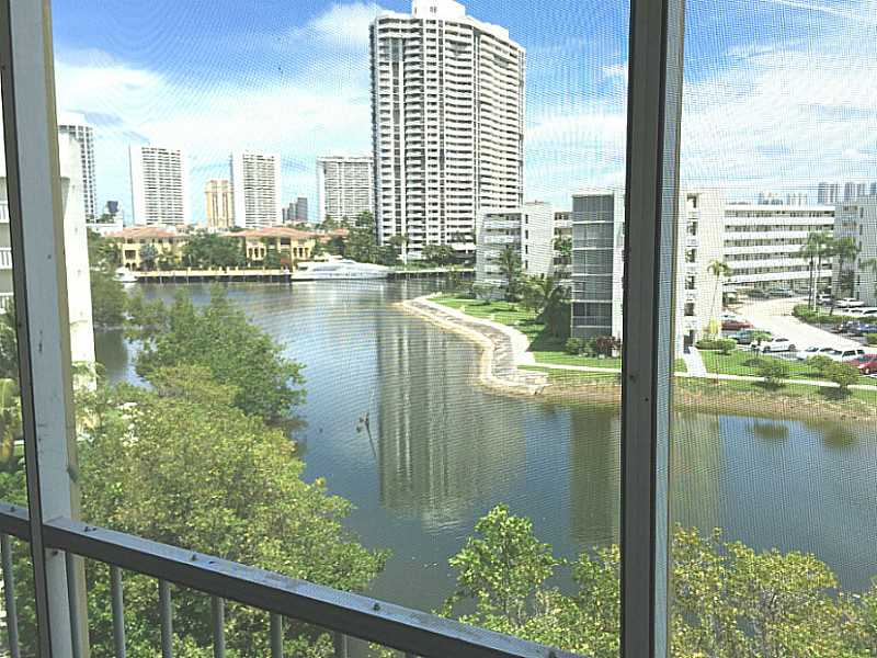 Rental Homes for Rent, ListingId:34956428, location: 2930 POINT EAST DR Aventura 33160