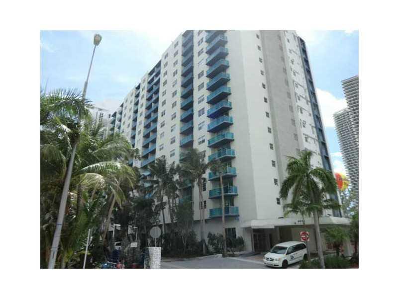 Real Estate for Sale, ListingId: 34975380, Hollywood,FL33019