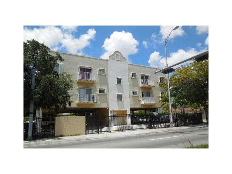 3201 W Flagler St, Miami, FL 33135