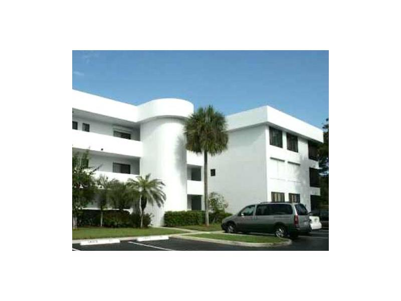 1460 Sheridan St, Hollywood, FL 33020