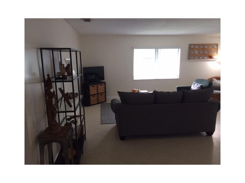 Rental Homes for Rent, ListingId:35040372, location: 2420 Southwest 81 AV Davie 33324