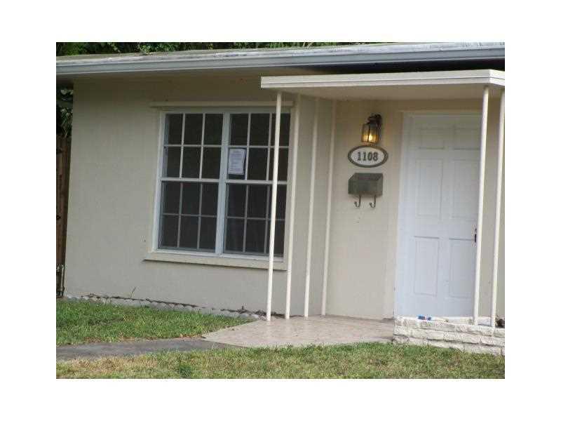 1108 NE 119th St, Biscayne Park, FL 33161