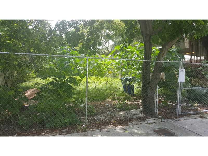 190 NW 57th St, Miami, FL 33127