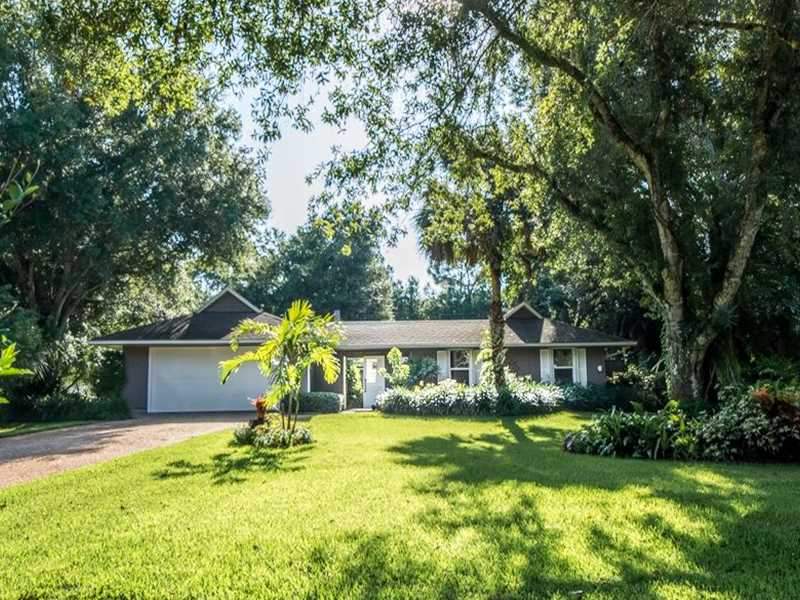 1140 40th Ave SW, Vero Beach, FL 32968